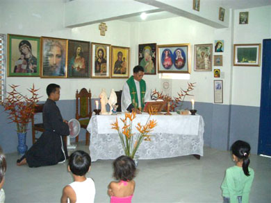 A thanksgiving Holy Mass celebrated while waiting for Vassula