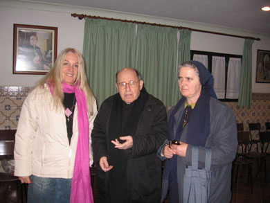 Vassula with Father Milheiro and Sister Isabel