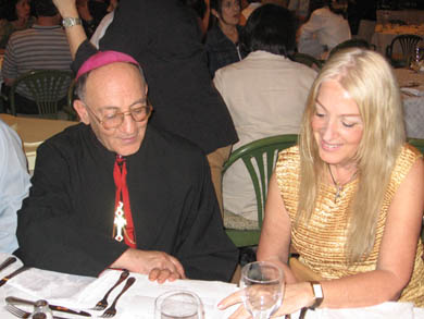 Bishop Tobbi with Vassula at dinner, Syria